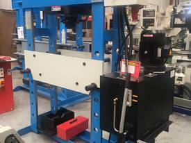 New 60 Ton H Frame Electric Hydraulic Press - picture1' - Click to enlarge