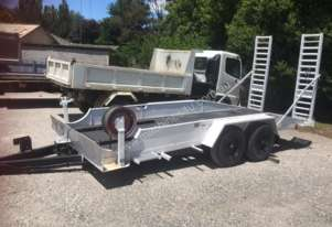 6t plant trailer with 12mths rego