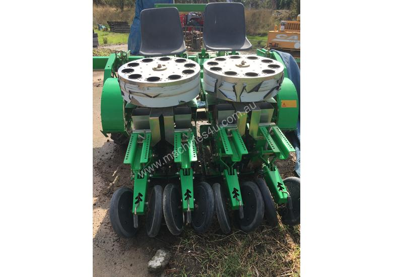 Used 2012 Sfoggia 4 Row Garlic Planter For Sale Planters In Arthurs