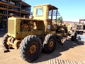 Caterpillar 12E 21F Grader *DISMANTLING* - picture2' - Click to enlarge
