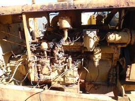 Caterpillar 12E 21F Grader *DISMANTLING* - picture5' - Click to enlarge