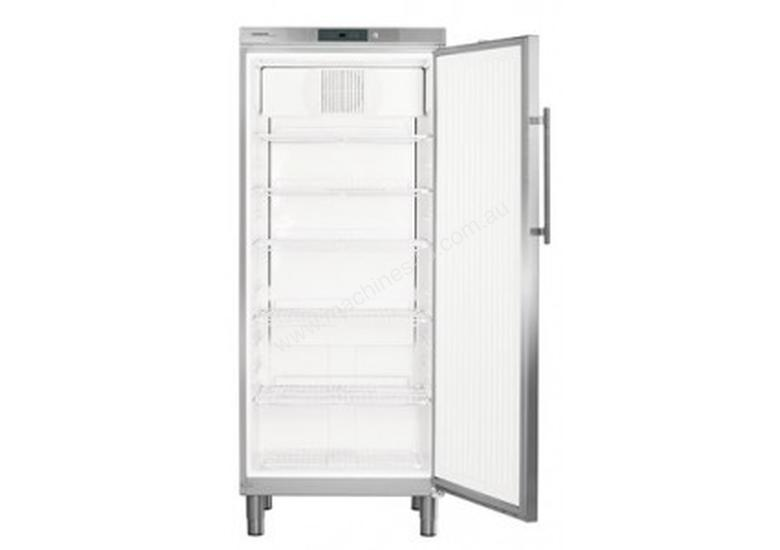 Liebherr 583 L Upright Refrigerator with Comfort Controller GKv 5790