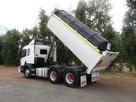 Scania R124G/L/LA Tipper Truck - picture2' - Click to enlarge