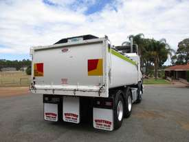 Scania R124G/L/LA Tipper Truck - picture12' - Click to enlarge