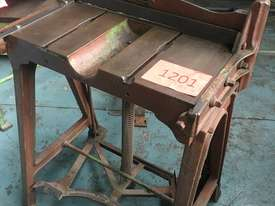 McPherson Sheet Metal Guillotine Old Collectors Item - picture1' - Click to enlarge