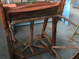 McPherson Sheet Metal Guillotine Old Collectors Item - picture4' - Click to enlarge