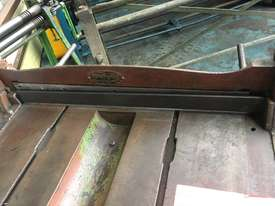 McPherson Sheet Metal Guillotine Old Collectors Item - picture8' - Click to enlarge