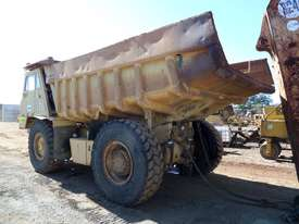 1984 Caterpillar 769C Dump Truck *CONDITIONS APPLY* - picture3' - Click to enlarge