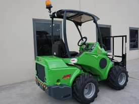 Avant 528 Articulated Loader for Beekeepers - picture7' - Click to enlarge