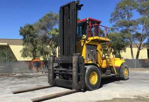 1975 Hyster H620B Pneumatic Tire Forklift