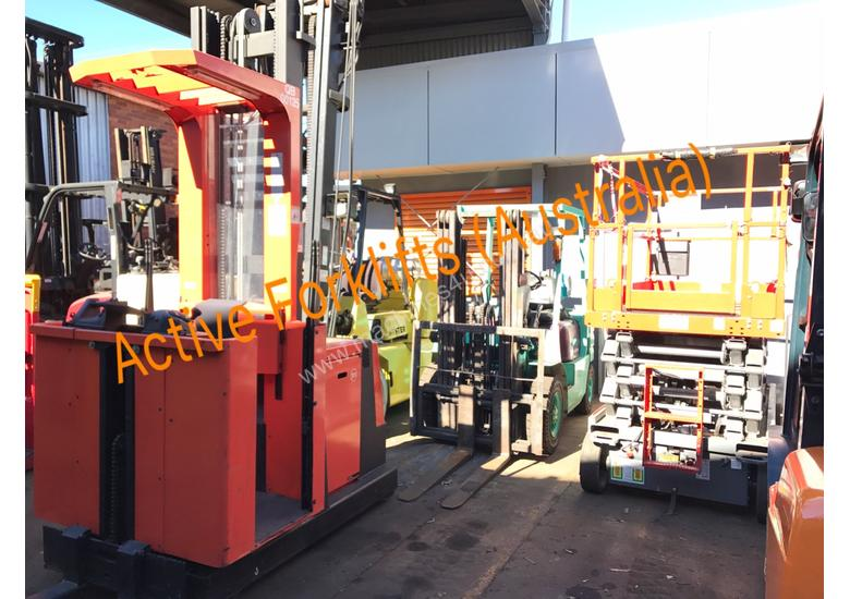HC Near New 3.5 Ton Diesel Forklift 3 Stage Mast Container Entry Mast