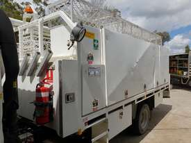 2006 Hino 300 series service truck - picture2' - Click to enlarge