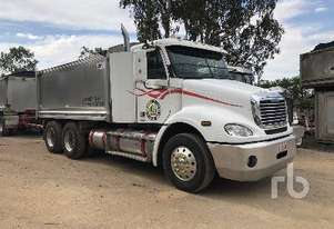 FREIGHTLINER CL112 COLUMBIA Tipper Truck (T/A)