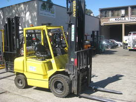 HYSTER 3.0T FORK POSITIONING SIDE SHIFT - picture1' - Click to enlarge