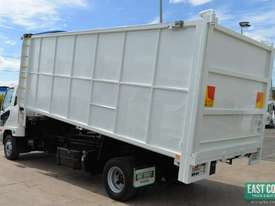 2013 MITSUBISHI FIGHTER FK600 Tipper   - picture2' - Click to enlarge