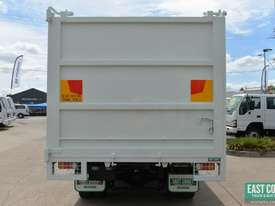 2013 MITSUBISHI FIGHTER FK600 Tipper   - picture4' - Click to enlarge