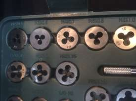 115 Pce Metric & SAE Tap & Die Threading Set -  In a toughened Plastic Case. - picture7' - Click to enlarge