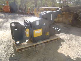 Mustang Pulveriser Crusher NEW - picture3' - Click to enlarge