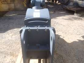 Mustang Pulveriser Crusher NEW - picture5' - Click to enlarge