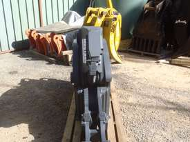 Mustang Pulveriser Crusher NEW - picture7' - Click to enlarge