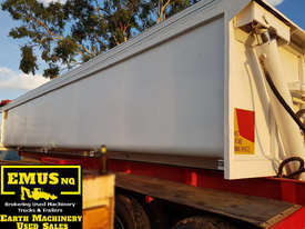 2012 Rhino Side Tipper with a New Bin.  TS447 - picture0' - Click to enlarge