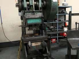 CHALMERS CORNER 70T MECH PRESS - picture1' - Click to enlarge