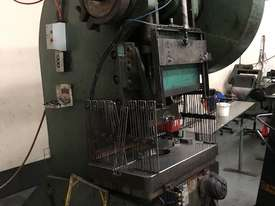 CHALMERS CORNER 70T MECH PRESS - picture3' - Click to enlarge