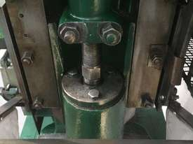 Jones & Attwood 6ton Incline Press - picture1' - Click to enlarge