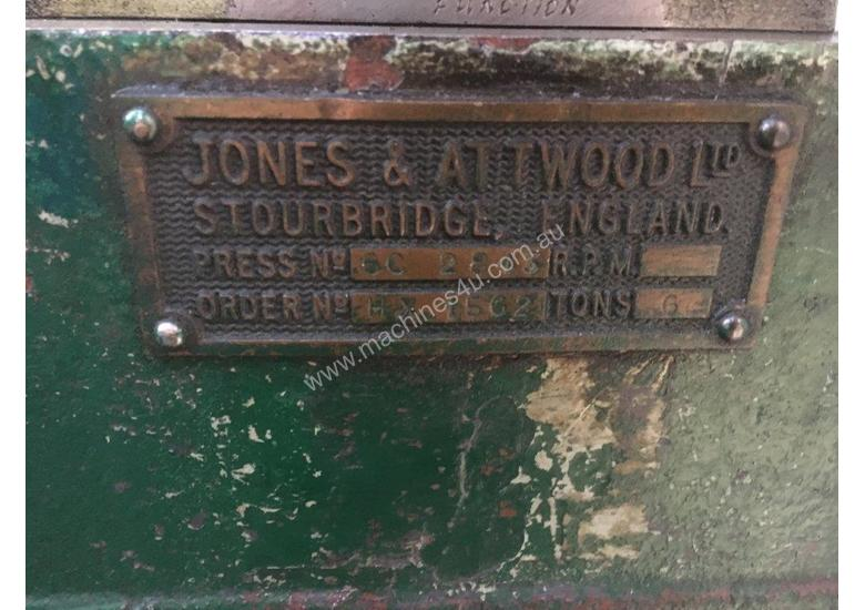 Jones & Attwood 6ton Incline Press