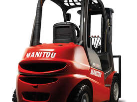 IN STOCK - NEW MANITOU 2.5T DIESEL FORKLIFT - picture10' - Click to enlarge