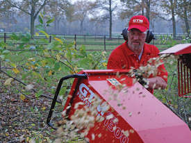 GTM GTS1300 COMPO WOOD CHIPPER - picture1' - Click to enlarge