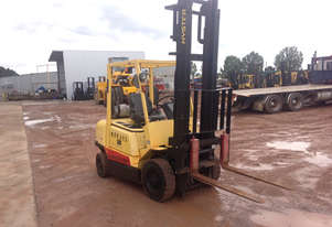 Hyster H2.50DX 2 Stage Mast with Sideshift