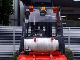 Used Forklift:  H25T Genuine Preowned Linde 2.5t - picture0' - Click to enlarge