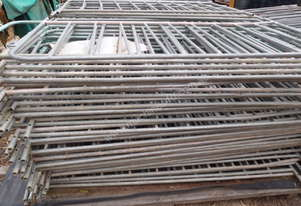 Crowd Control Barriers Temporary Fencing