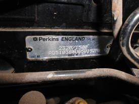 perkins 4cyl phaser engines - picture1' - Click to enlarge