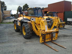 JCB 533-105 Telescopic Handler - picture2' - Click to enlarge