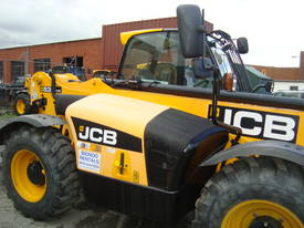 JCB 533-105 Telescopic Handler - picture8' - Click to enlarge