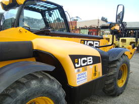 JCB 533-105 Telescopic Handler - picture9' - Click to enlarge