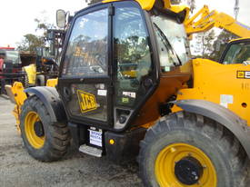 JCB 533-105 Telescopic Handler - picture13' - Click to enlarge