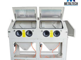 MTSBC880 - METALTECH 880 LITRE INDUSTRIAL SANDBLASTER CABINET - picture0' - Click to enlarge