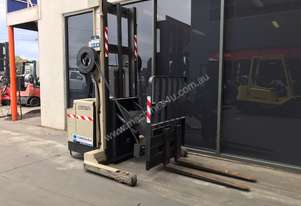 Crown    Walk Behind Forklift