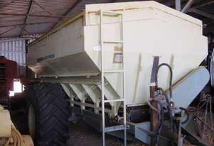 Marshall 880T Fertilizer/Manure Spreader Fertilizer/Slurry Equip