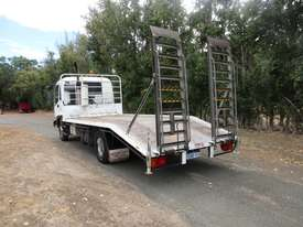 Isuzu FRR500 Beavertail Truck - picture3' - Click to enlarge