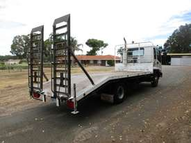 Isuzu FRR500 Beavertail Truck - picture4' - Click to enlarge