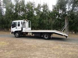 Isuzu FRR500 Beavertail Truck - picture2' - Click to enlarge