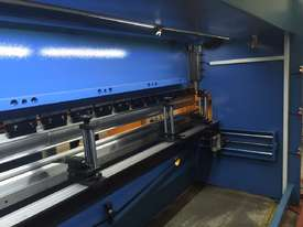 4000mm x 175Ton CNC iBend Touch Screen, Laser Guards - picture16' - Click to enlarge