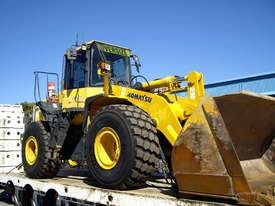 Front end loader for sale - picture0' - Click to enlarge