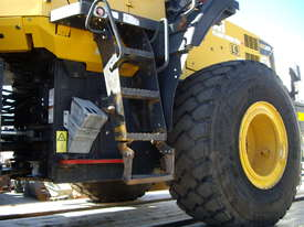 Front end loader for sale - picture3' - Click to enlarge