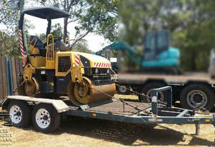 CAT CB224E Compaction Roller with Trailer, E.M.U.S MS415