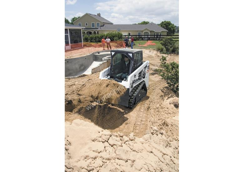 T110 Compact Track Loader